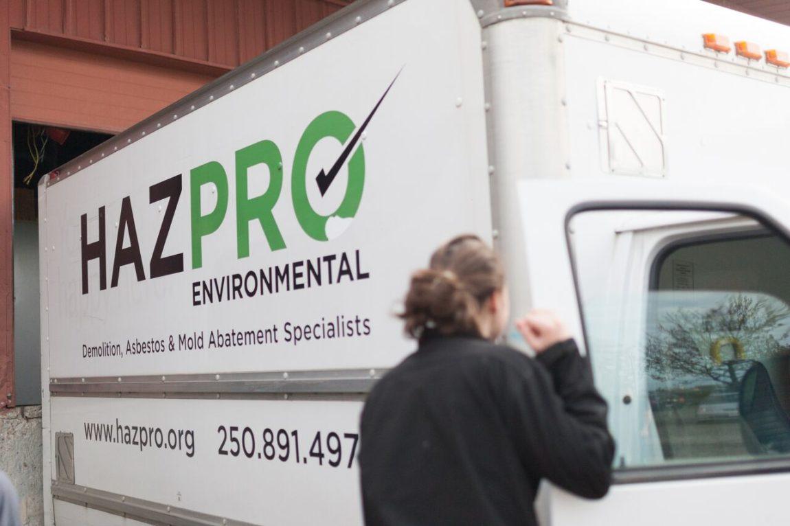 asbestos removal Victoria - asbestos removal Nanaimo - vermiculite removal - asbestos remediation